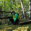 """""""Jasio wędrowniczek"""" w lesie."""